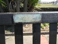 Seat commemorating Captain H Len Payne, Wellesley Road