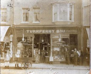 Turnpenny's, 4-5 London Road 1906 - John Turnpenny Collection