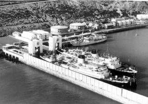 Oil tanks in the 1950s. Ships: Maid of Kent left, Lord Warden right and Ariel by the quay. Source: DHB