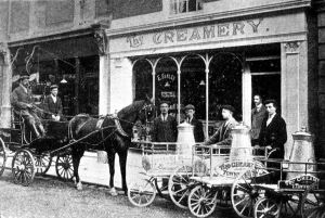 Farley & Woodhams Creamery, Townwall Street 1904