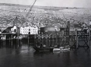 Temporary piling for East Dolphin 31.06.1952. DHB - Lambert Weston