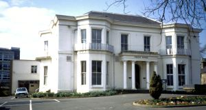Brook House Maison Dieu Road 1988, owned by John Birmingham who was to hold a lavish dinner there had he been elected Mayor in 1867. Dover Museum