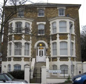 Hillesden House, 14 Godwyne Road