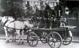 Merryweather fire engine c1899. Bob Hollingsbee