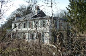 Bushy Ruff House 2013