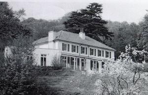 Bushy Ruff House April 1984. Dover Library