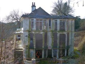 Bushy Ruff House Side Elevation 2013