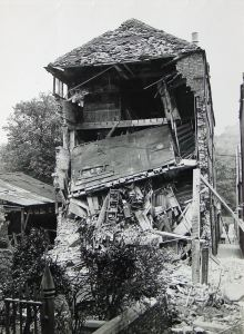 Flashman's Depository, Dieu Stone Lane following shelling on 31 March 1941. Kent Messenger Group