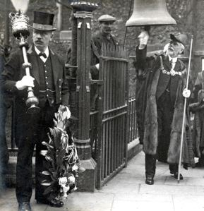Mayor George Lewis ringing the Zeebrugger Bell on 23 April 1923. Courtesy of the Farley Family
