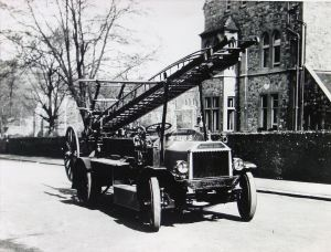 Margaret - Peerless Fire Engine, Priory Gate Road. Dover Library