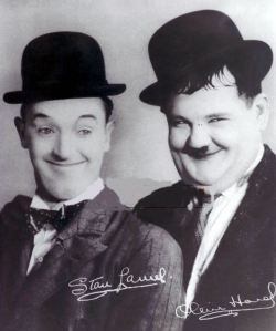 Comedians, Stan Laurel and Oliver Hardy - Internet