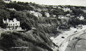 St Margaret's Bay c1960s, South Sands House formerly the Hermitage, left.