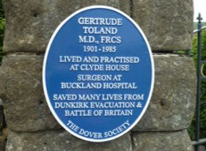 Dover Society blue plaque unveiled on the gatepost of Clyde House, Maison Dieu Road to Dr Gertrude Toland on 13 April 2018. AS 2018