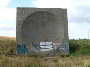 Sound Mirror, Abbots Cliff, west of Farthingloe and Dover