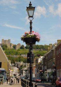 'Windsor' Victorian style street lighting, Castle Street