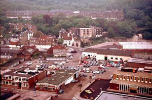 Russell Street circa 1960s. Television studio's on the left, on the right AA offices in between Blode & Simpson. Dover Museum