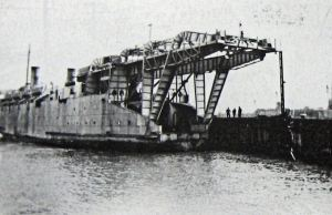 Train Ferries - 1944 gantry superstructure to carry locomotives - David Collyer
