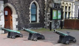Three Canons from the Battle of Waterloo given to the town by Mayor Matthew Pepper next to the Maison Dieu. Alan Sencicle 2009.
