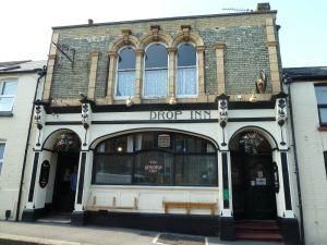 Dew Drop Inn, Tower Hamlets Street