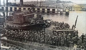 Dunkirk Evacuation - Troops landing at Dover. Doyle Collection