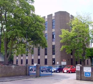 SEK College, Paddock, built 1970