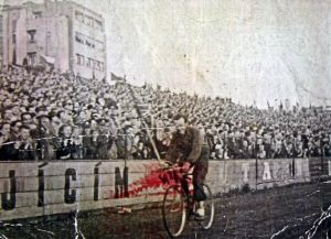 Len Hook at the finish of the 1950 Peace Race, Prague. Thanks to Betty Hook