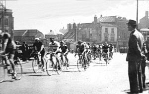 Market Square 1946 - the Dover - Canterbury stage of a BLRC race. Budge Adams Collection Dover Museum