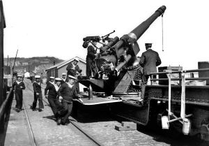 One of the Admiralty Pier Turret 6-inch MK VIIs guns mounted on the top. Nick Catford