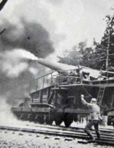 German railway gun firing shells outside Calais. Doyle Collection