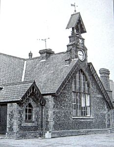 Buckland School on London Road opened in 1859 and closed in 1968 and eventually was converted into a housing complex. Bob Hollingsbee Collection