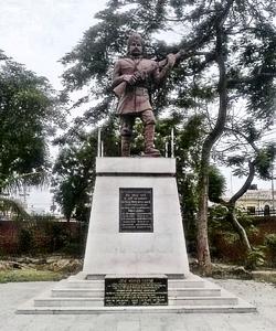 Statue of Mangal Pandey at Shaheed Smarak Meerut 2012 - Siddhartha Ghai Wikimedia Commons
