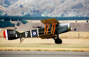 WWI Bristol F.2 two-seat fighter and reconnaissance biplane. Wikimedia