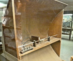 Parabolic Receiver used by Marconi in his 1896 experiments. istory of Science Museum, University of Oxford