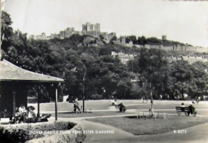 Pencester Gardens c1950s. Left the 'comfort shelter' that included toilets and a shelter with seating. David Iron Collection