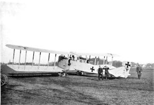 Gotha G IV aeroplane of the Kagohl 3. Adolph Genth 1916 Wikimedia